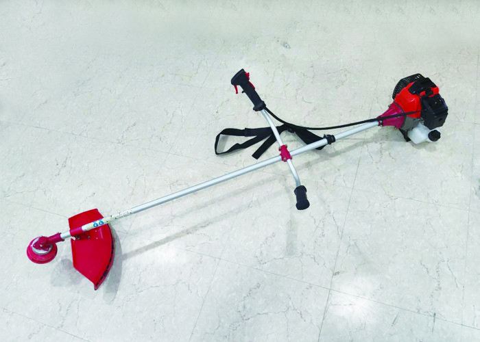 Low Emission Heavy Duty Petrol Brush Cutter With Semi Automatic Line Dispenser